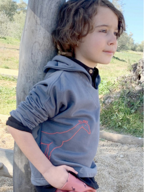 Sudadera Pilar Batanero Jirafas Gris Bordada Con Capucha Niña Y Niño